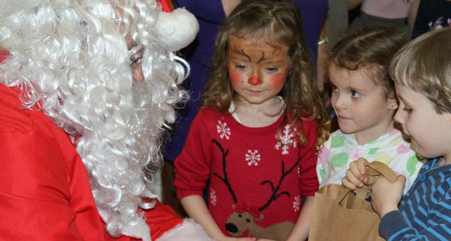 Children see Santa at West Durrington Phoenix Group