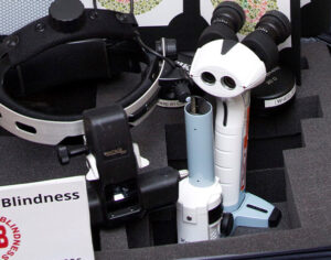 Case of opthalmic equipment Fight against Blindness